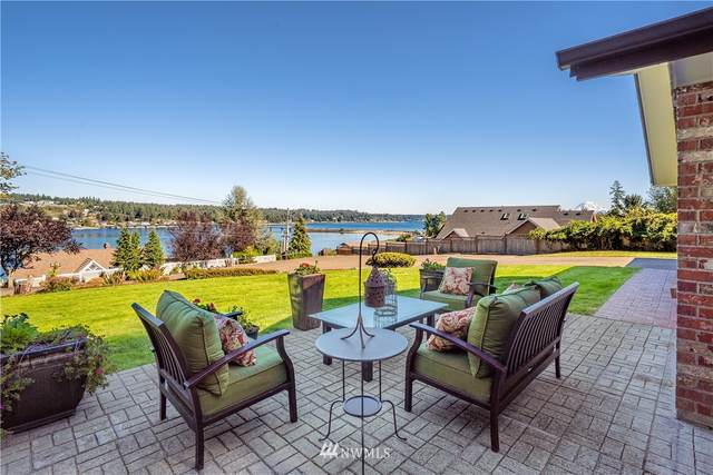 180 Bella Bella Drive, Fox Island, WA 98333 (#1647720) :: NW Home Experts