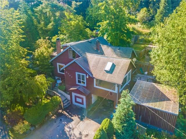 2707 NE 103rd Street, Seattle, WA 98125 (#1647744) :: Becky Barrick & Associates, Keller Williams Realty