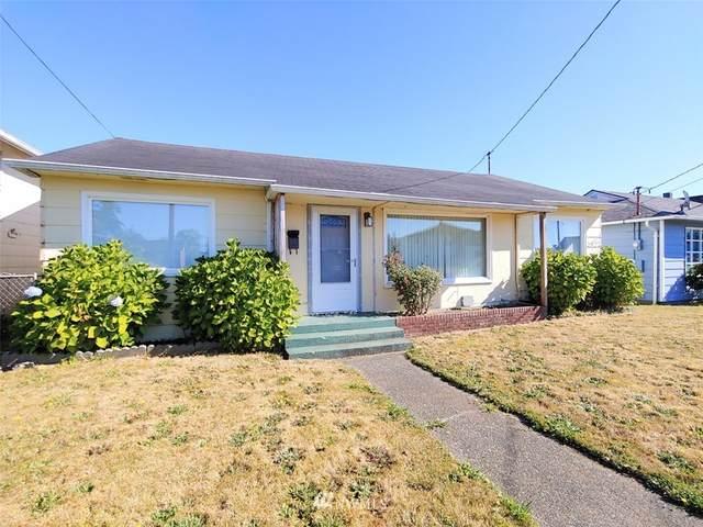 2927 Pacific Avenue, Hoquiam, WA 98550 (#1647813) :: Ben Kinney Real Estate Team