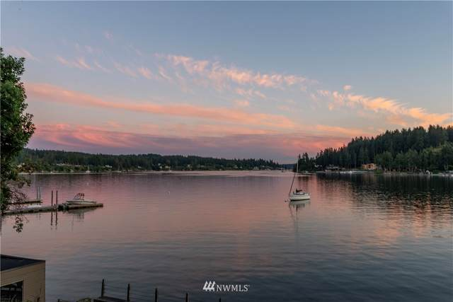 3016 E Bay Drive NW, Gig Harbor, WA 98335 (#1648569) :: McAuley Homes
