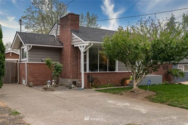 1753 NE 148th Street, Shoreline, WA 98155 (#1648978) :: Ben Kinney Real Estate Team