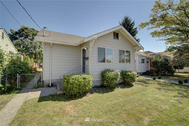 516 Whitworth Avenue S, Renton, WA 98057 (#1649147) :: Ben Kinney Real Estate Team