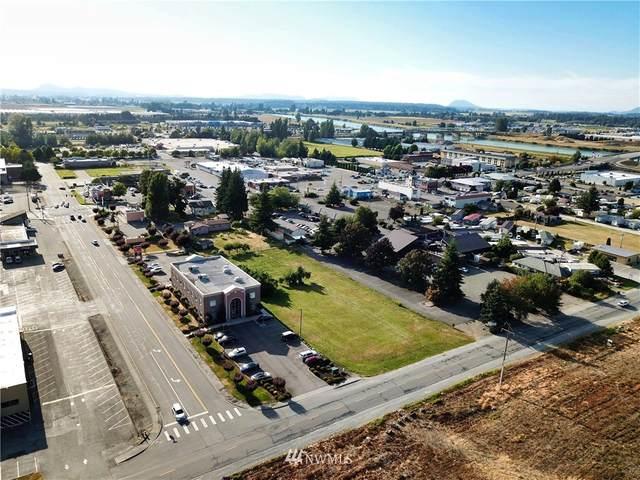 2000 Urban Avenue, Mount Vernon, WA 98273 (#1649968) :: Alchemy Real Estate