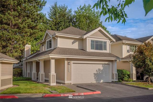 23302 54th Avenue S 2-1, Kent, WA 98032 (#1650610) :: Ben Kinney Real Estate Team