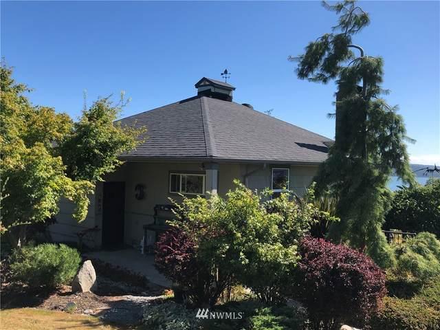 5946 Central Avenue, Anacortes, WA 98221 (#1651131) :: Alchemy Real Estate