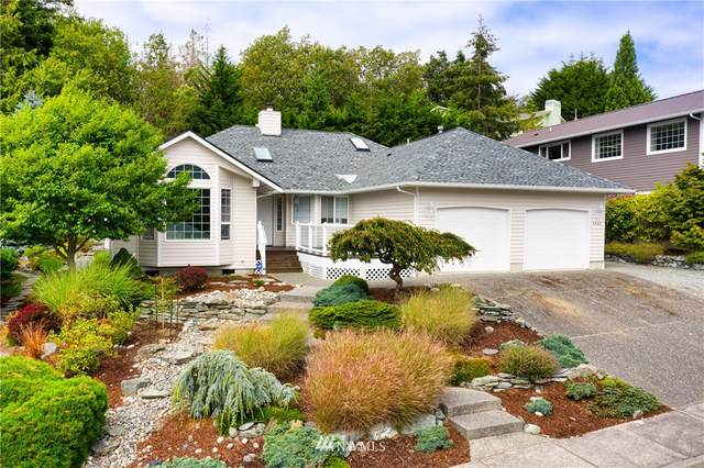 4302 Kingsway, Anacortes, WA 98221 (#1651612) :: Capstone Ventures Inc