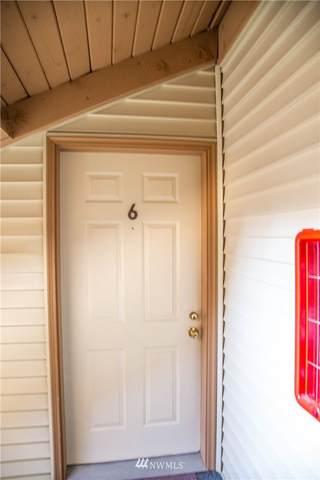 17418 119th Lane SE G6, Renton, WA 98058 (#1652298) :: Mike & Sandi Nelson Real Estate