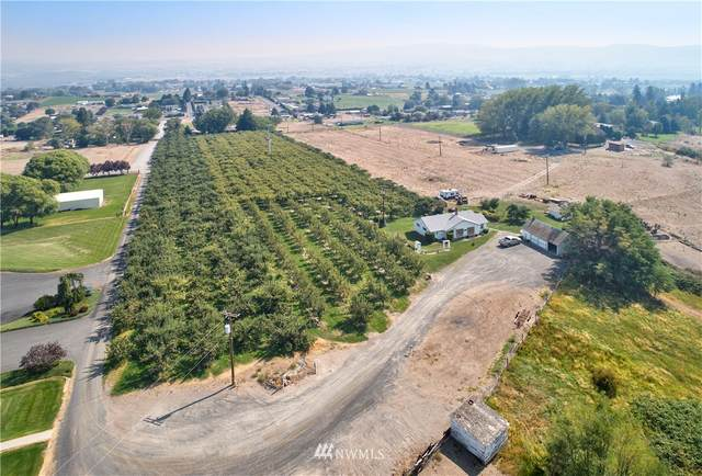 310 Wickstrom Lane, Selah, WA 98942 (#1652316) :: Pacific Partners @ Greene Realty