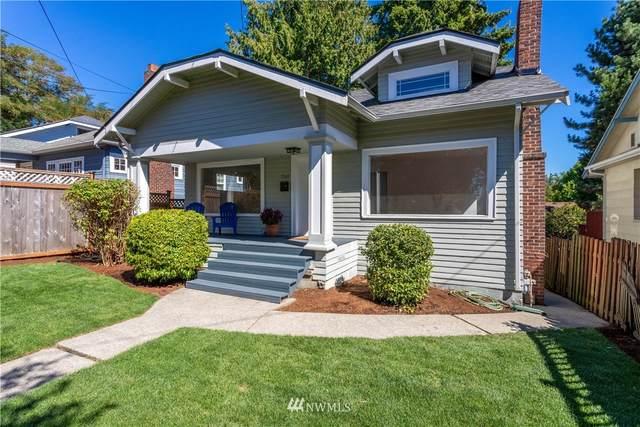 7560 Roosevelt Way NE, Seattle, WA 98115 (#1652333) :: Hauer Home Team