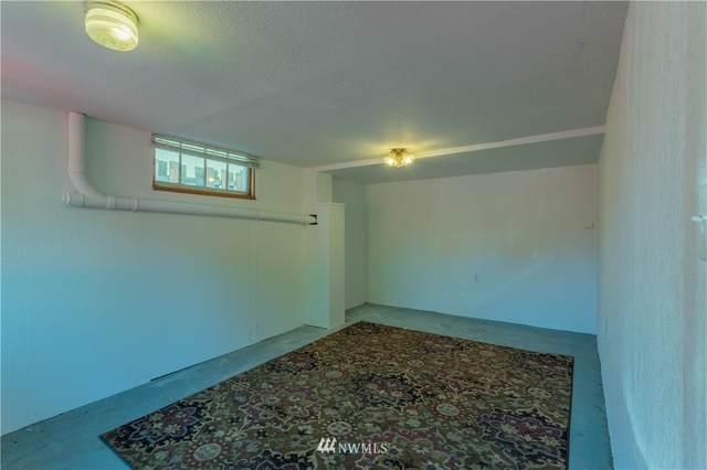 7560 Roosevelt Way NE, Seattle, WA 98115 (#1652333) :: McAuley Homes
