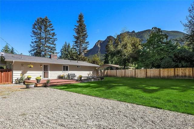 711 NE 8th Street, North Bend, WA 98045 (#1652626) :: Ben Kinney Real Estate Team