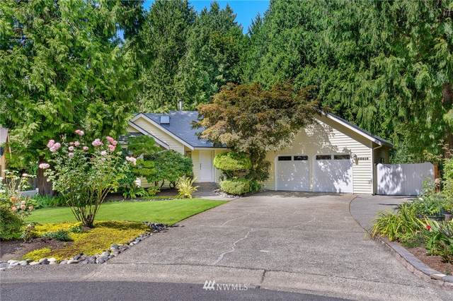 22510 NE 19th Place, Sammamish, WA 98074 (#1653266) :: Ben Kinney Real Estate Team