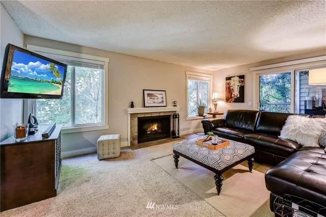 15240 SE 43rd Street B202, Bellevue, WA 98006 (#1653684) :: Capstone Ventures Inc