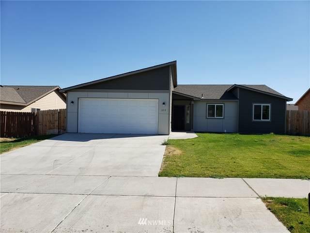 1313 W Bonneville Street, Moses Lake, WA 98837 (MLS #1653704) :: Nick McLean Real Estate Group