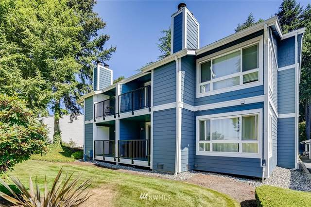 3020 125th Avenue SE #5, Bellevue, WA 98005 (#1654649) :: Capstone Ventures Inc