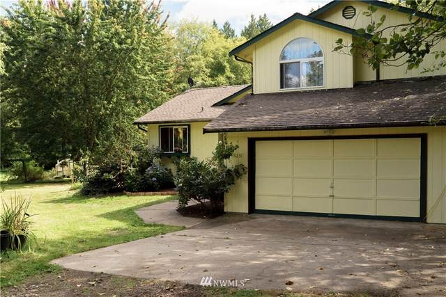 19231 22nd Avenue NW, Stanwood, WA 98292 (#1654771) :: Ben Kinney Real Estate Team