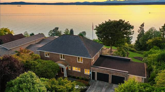 2637 46th Avenue W, Seattle, WA 98199 (#1654974) :: Ben Kinney Real Estate Team