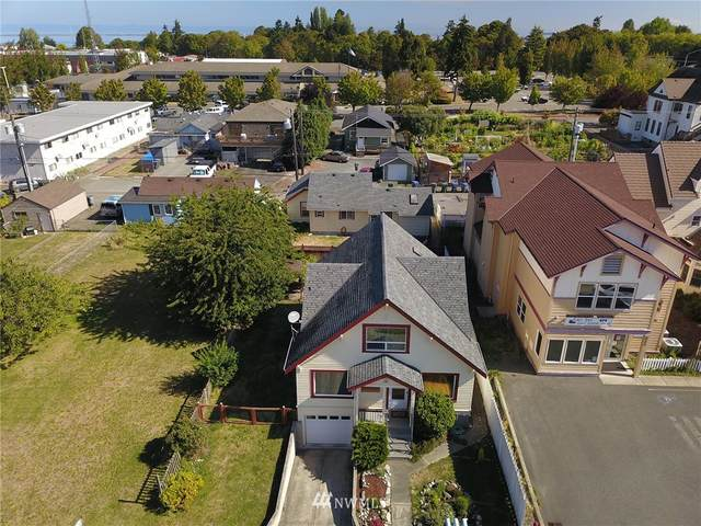 319 E 6th Street, Port Angeles, WA 98362 (#1655680) :: NextHome South Sound