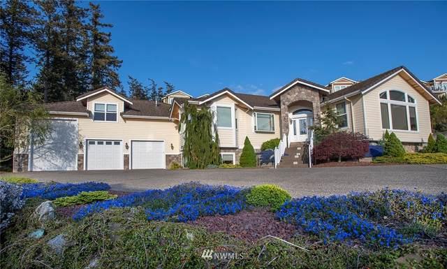 2413 Washington Ct., Anacortes, WA 98221 (#1655870) :: McAuley Homes