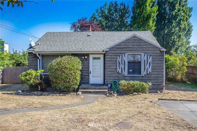 13734 34th Avenue S, Tukwila, WA 98188 (#1656101) :: Better Homes and Gardens Real Estate McKenzie Group