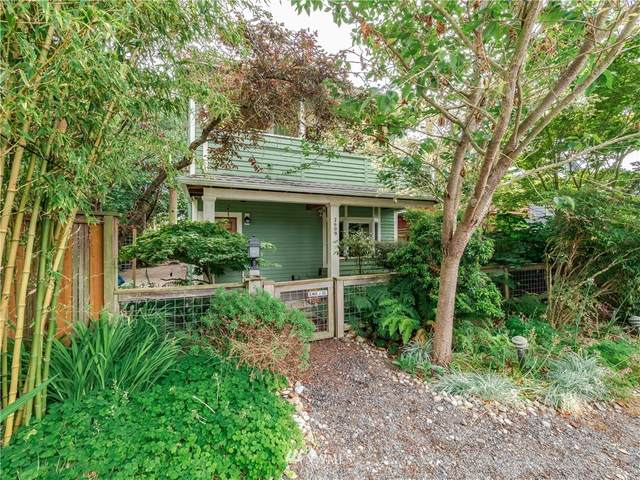 2609 NW 86th Street, Seattle, WA 98117 (#1656102) :: Ben Kinney Real Estate Team