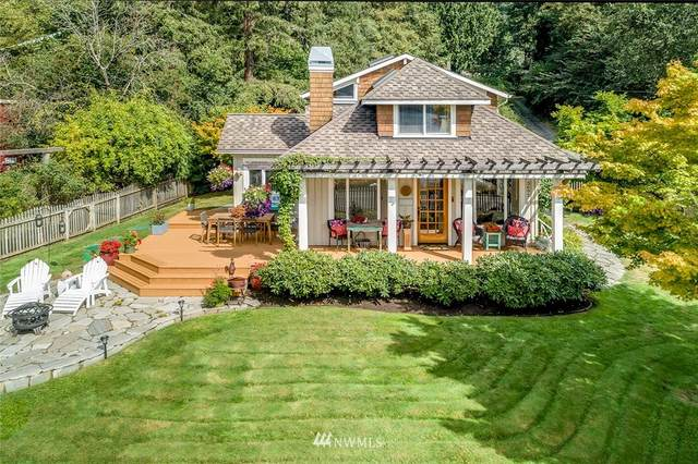 3692 Crystal Springs Drive NE, Bainbridge Island, WA 98110 (#1656317) :: Urban Seattle Broker