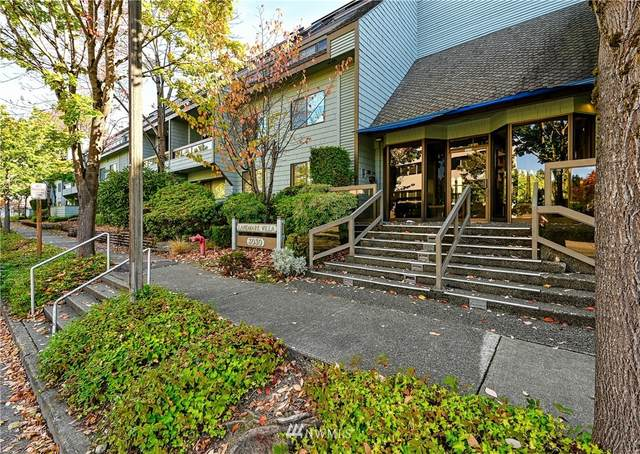 3030 80th Avenue SE #501, Mercer Island, WA 98040 (#1656629) :: NextHome South Sound