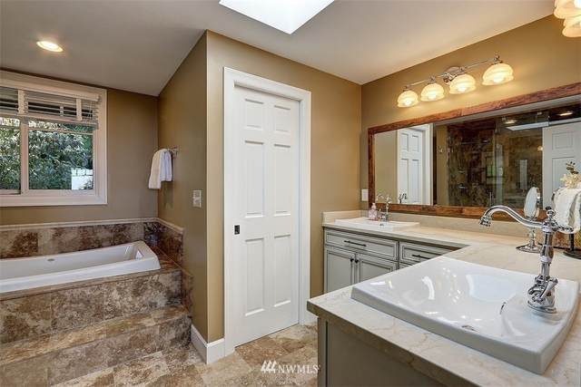 15313 SE 48th Drive, Bellevue, WA 98006 (#1657105) :: Better Homes and Gardens Real Estate McKenzie Group