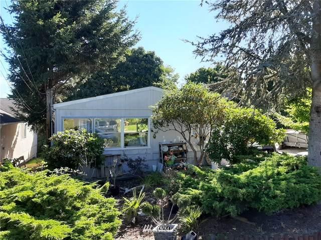 19028 16th Avenue NE, Shoreline, WA 98155 (#1657370) :: Better Properties Lacey