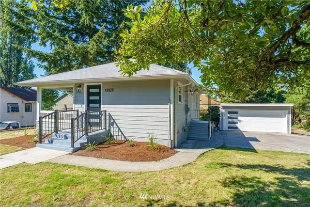 13025 37th Avenue NE, Seattle, WA 98125 (#1657491) :: McAuley Homes