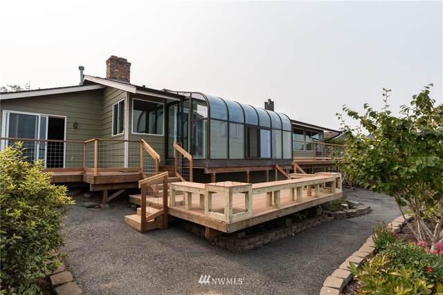 1847 Edgewood Drive, Camano Island, WA 98282 (#1657737) :: Keller Williams Western Realty