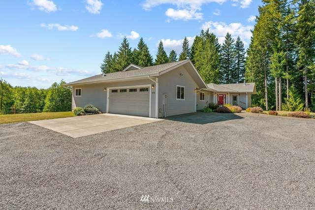 833 Fall Creek Road, Longview, WA 98632 (#1657899) :: Capstone Ventures Inc