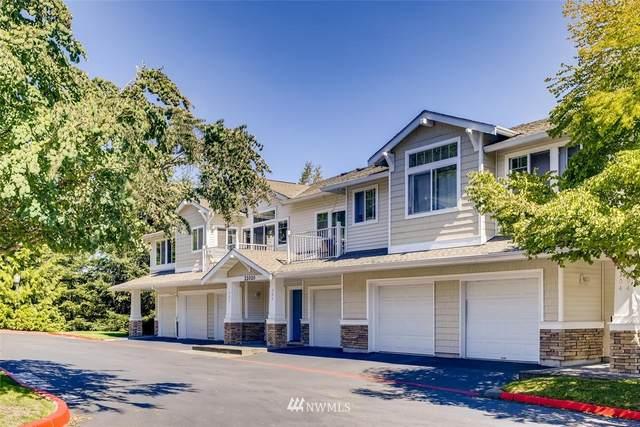 22020 41st Place S #302, Kent, WA 98032 (#1658070) :: Pickett Street Properties