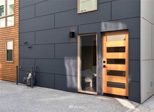 4302 26th Avenue SW, Seattle, WA 98106 (#1658325) :: Ben Kinney Real Estate Team
