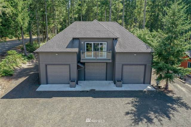 451 N Fairway Drive E, Hoodsport, WA 98548 (#1658334) :: Hauer Home Team