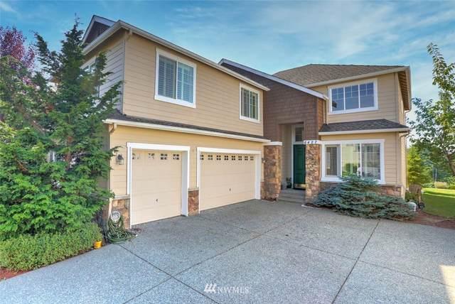 6427 W Crest View Loop SE, Snoqualmie, WA 98065 (#1658369) :: Ben Kinney Real Estate Team