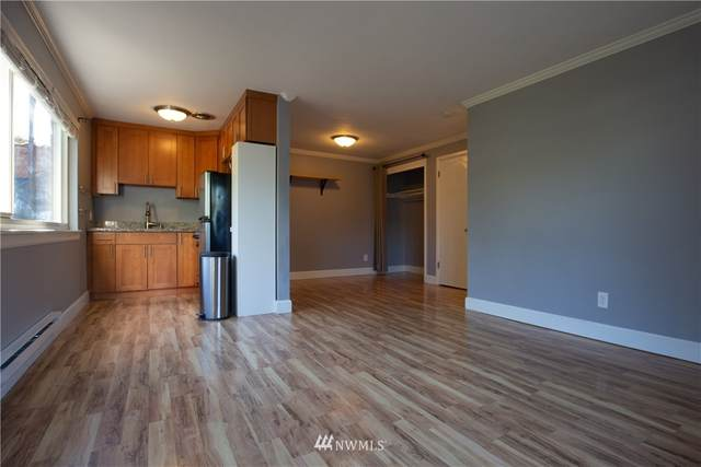 4451 Woodland Park Avenue N #2, Seattle, WA 98103 (#1658408) :: Becky Barrick & Associates, Keller Williams Realty