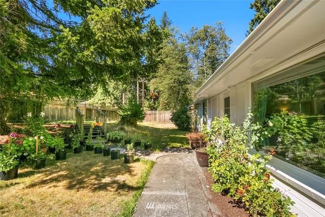 16538 25th Avenue NE, Shoreline, WA 98155 (#1658593) :: Ben Kinney Real Estate Team