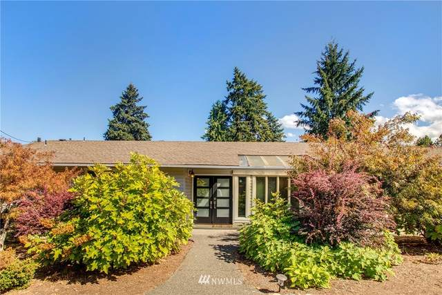 2601 W Lake Sammamish Parkway SE, Bellevue, WA 98008 (#1658682) :: Becky Barrick & Associates, Keller Williams Realty