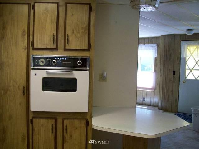 5527 Yakima Lane SE, Lacey, WA 98503 (#1658714) :: Ben Kinney Real Estate Team