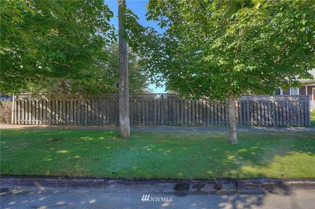 3705 N 18th, Tacoma, WA 98406 (#1658861) :: Ben Kinney Real Estate Team