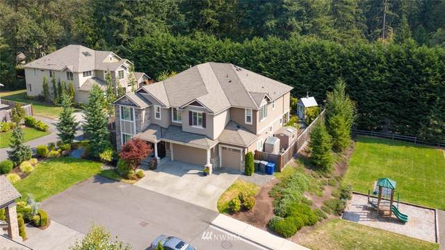 23888 SE 32nd Street, Sammamish, WA 98075 (#1659046) :: Ben Kinney Real Estate Team