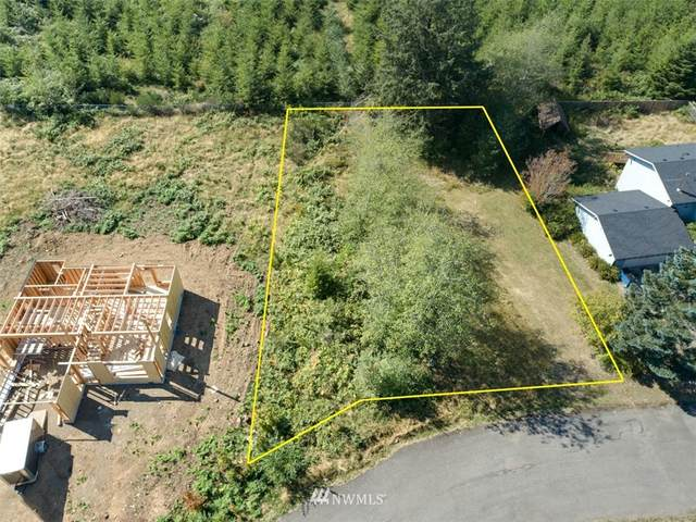 230 King Richards Way, Forks, WA 98331 (#1659457) :: Keller Williams Western Realty