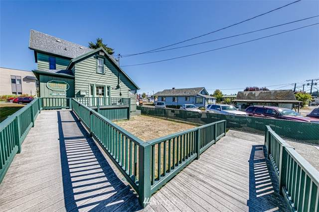 916 Georgiana Street, Port Angeles, WA 98362 (#1659462) :: Pickett Street Properties