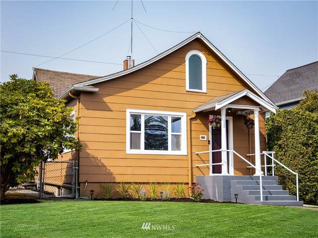 1828 Oakes Avenue, Everett, WA 98201 (#1659543) :: NextHome South Sound