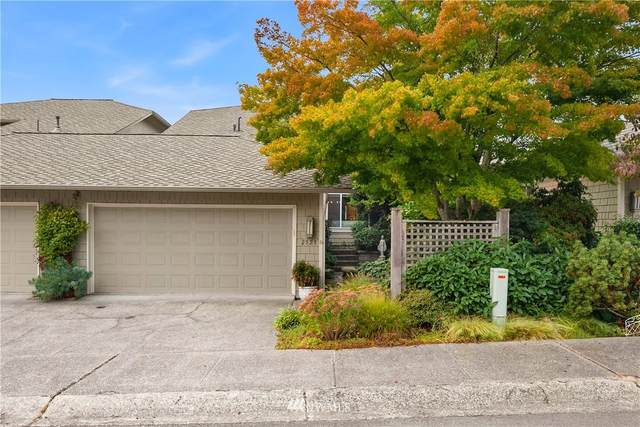 2523 175th Avenue NE, Redmond, WA 98052 (#1659645) :: Ben Kinney Real Estate Team