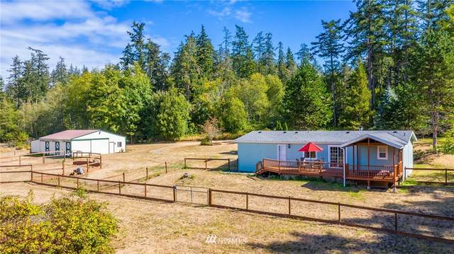 323 Whispering Pine Lane, Oak Harbor, WA 98277 (#1659752) :: Pacific Partners @ Greene Realty