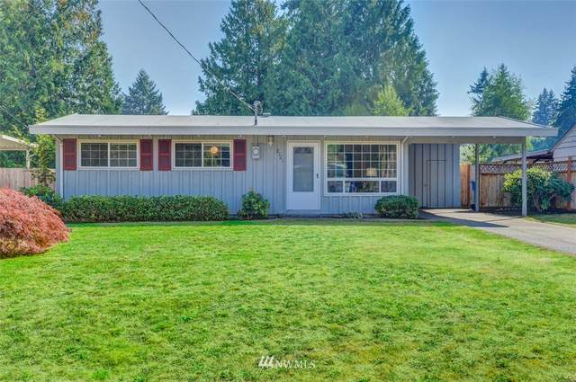 2121 N 193rd Street, Shoreline, WA 98133 (#1660122) :: Ben Kinney Real Estate Team