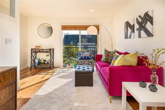 9001 46th Avenue S B, Seattle, WA 98118 (#1660262) :: McAuley Homes