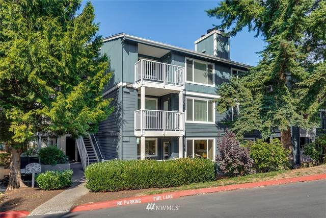 300 N 130th Street #2110, Seattle, WA 98133 (#1660600) :: Alchemy Real Estate
